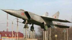 Mig-25 Foxbat (Rare Videos)-0