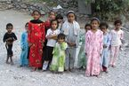 Oman March 2004 - Children in Wadi Bani Awf
