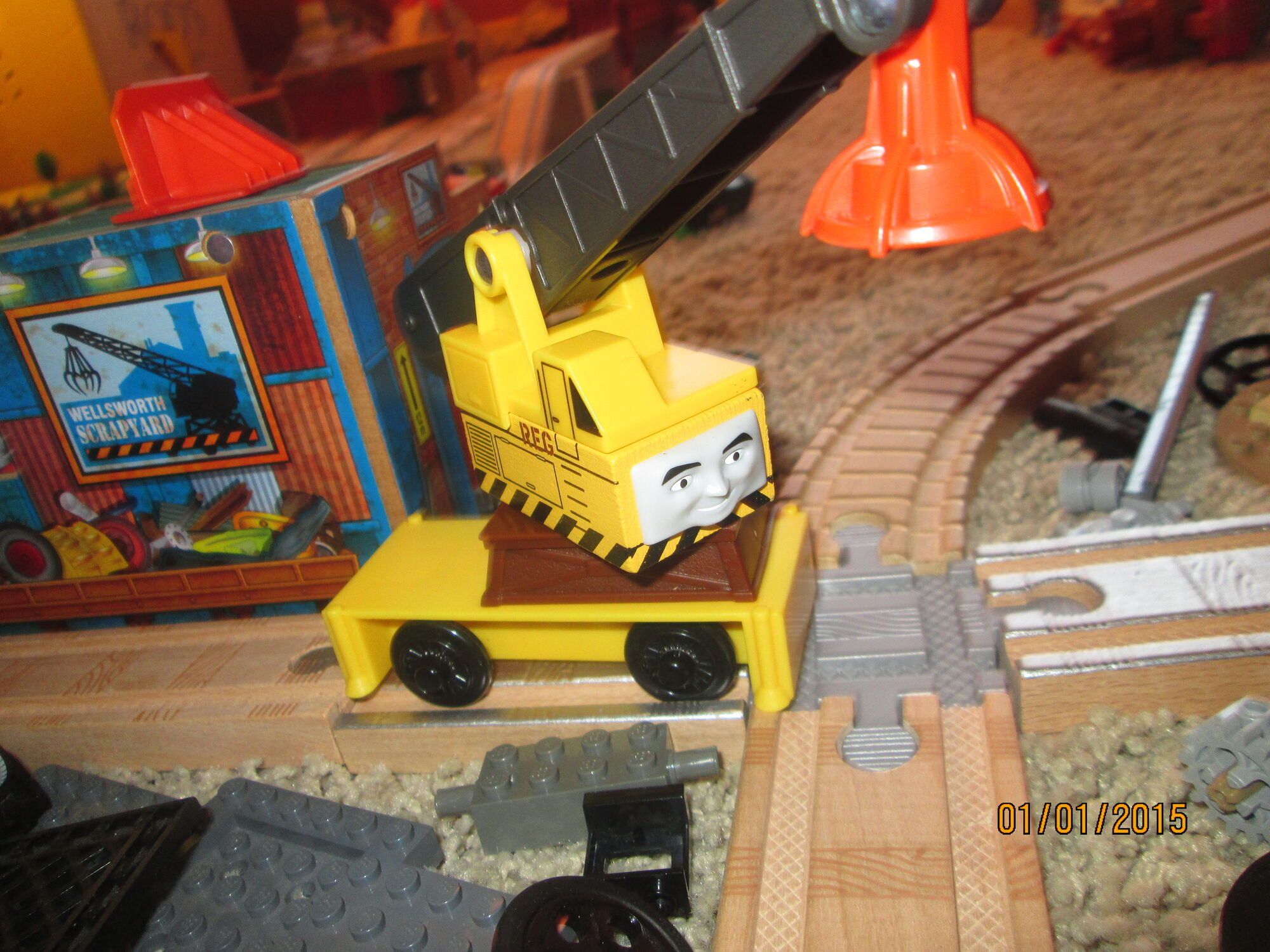 reg the scrapyard crane - photo #7