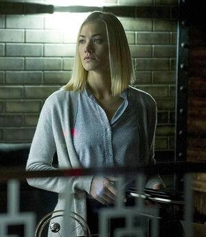 Day 9- Kate Morgan (Yvonna Strahovski)