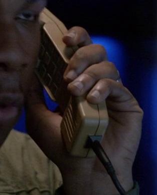 File:9x01 Tanner phone.jpg