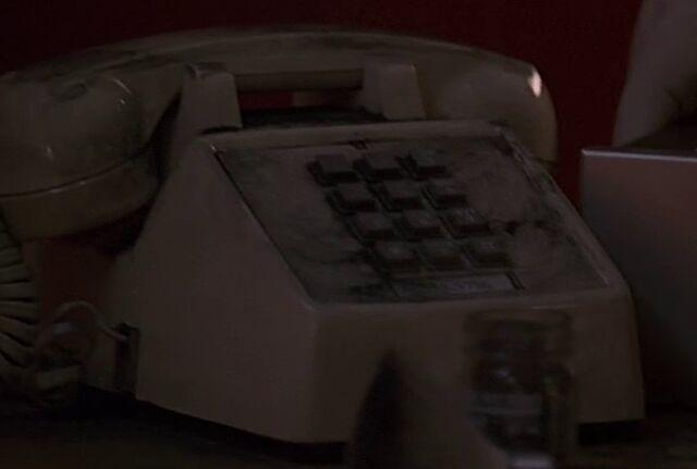 File:1x14 hospital phone.jpg