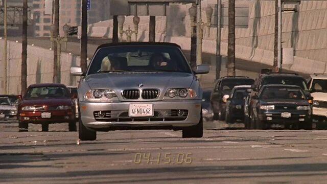 File:3x04 Kyle driving.jpg