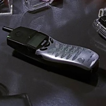 File:1x17 Tony cordless phone.jpg