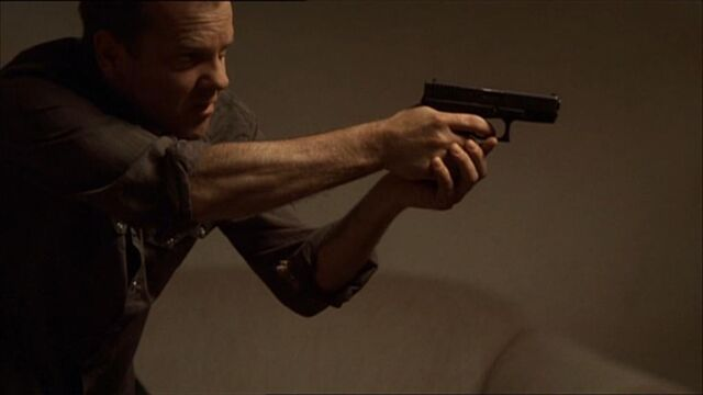 File:Jack with glock19.jpg