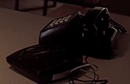 File:2x01 Jack house phone.jpg