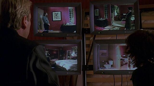 File:1x17 cameras.jpg
