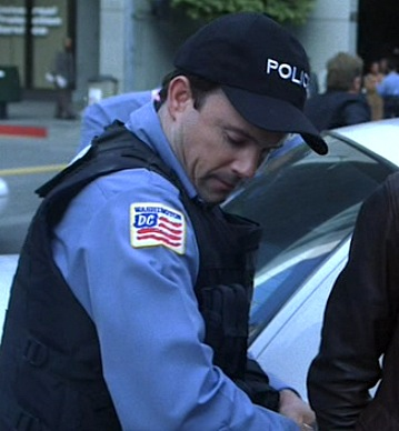 File:S7ep10copDC.jpg