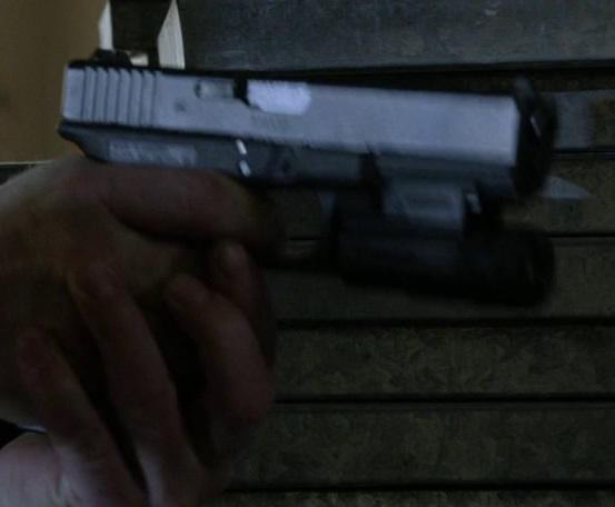 File:9x01 Glock 6.jpg