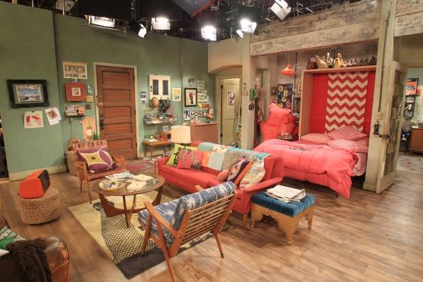 File:Max's Apartment 4.png