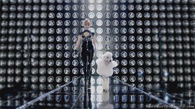 File:CL-White-Poodle-1-I-am-The-Best-K-Pop-2NE1-Wallpapers.jpg