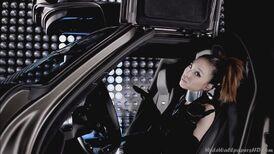 Sandara-Park-Mercedes-Benz-3-I-am-The-Best-K-Pop-2NE1-Wallpapers