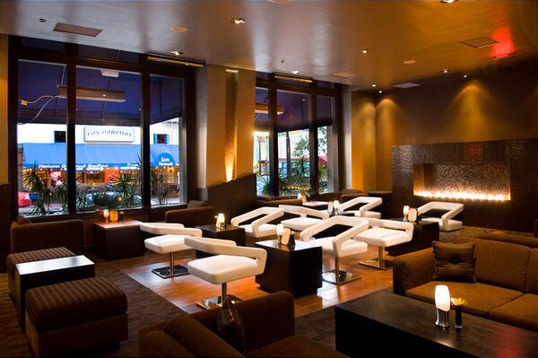 Lounge2 web