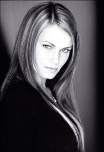 Amanda MacKay