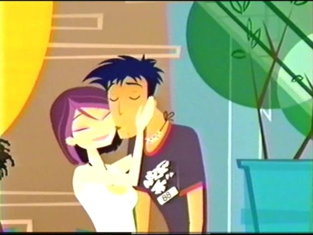 File:Jonesy and Nikki ready to kiss.jpg