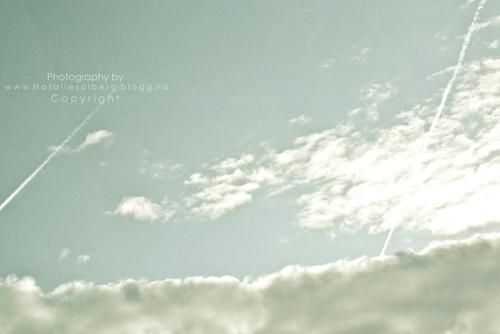 File:Blue gray sky.jpg