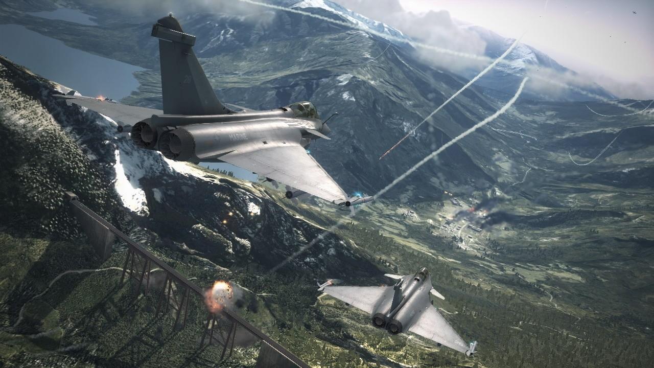 File:Aircraft over Bartolomeo Fortress.jpg