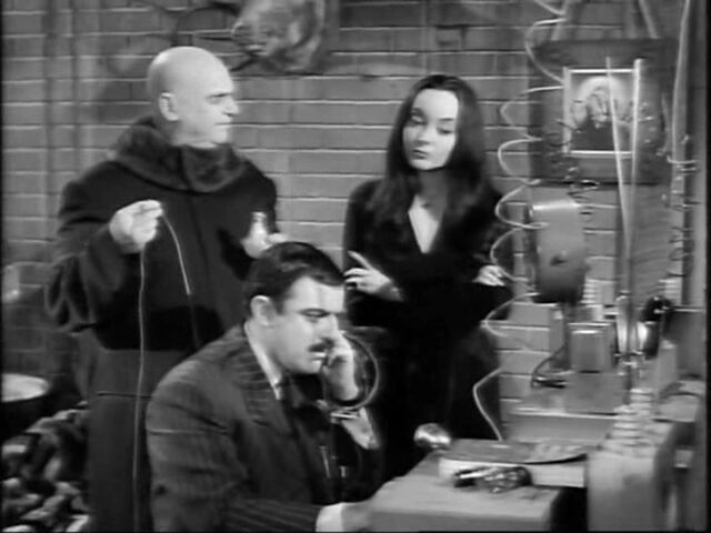 File:16.The.Addams.Family.Meets.the.Undercover.Man 068.jpg