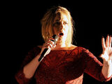 Adele-lors-des-Grammy-Awards-le-15-fevrier-2016 exact1024x768 l