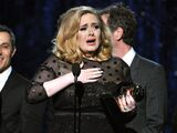 Adele-wins-at-grammy-awards-2012-1329147790