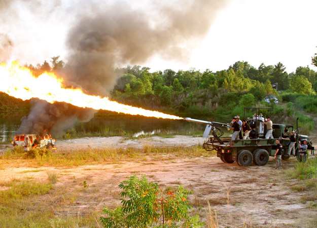 File:Flamethrower-cannon-picture-08.jpg