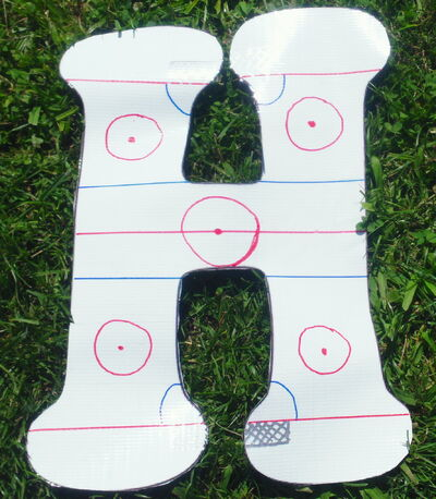 Letter H hockey