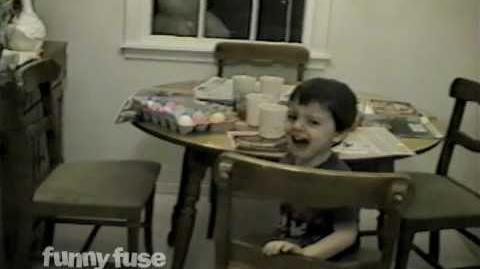 FunnyFuse Faves Easter Bunny Scares Kids!