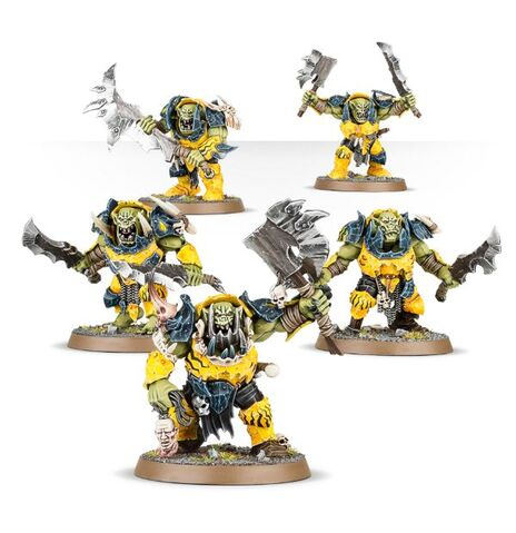File:Brutes with choppas Ironjawz Orruks Miniature.jpg