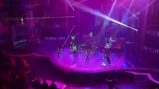 Team iLuminate, Cobra Starship ~ America's Got Talent 2011 Finale Results-0