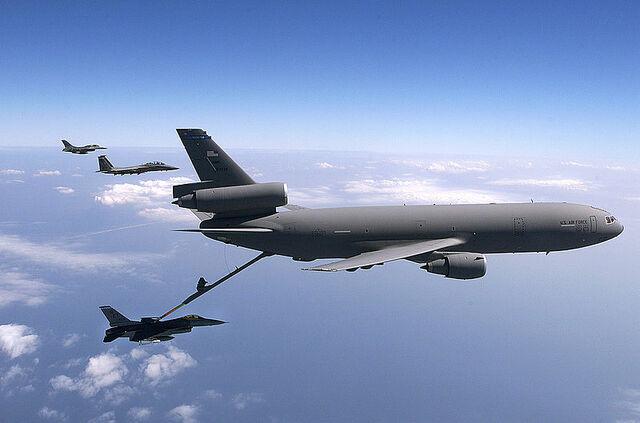 File:800px-KC-10 Extender (2151957820).jpg