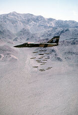 407px-F-111A dropping MK82
