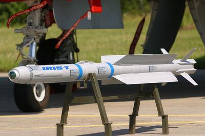 IRIS-T expo front