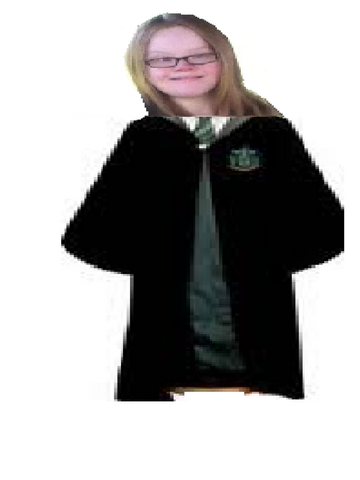 File:Caitlyn Malfoy 2.png