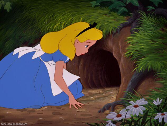 File:Alice-disneyscreencaps.com-424.jpg