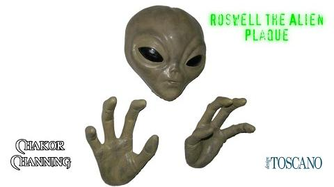 Design Toscano Roswell the Alien Plaque Review