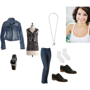 File:Sierra Jennings' Outfit from Chapter 2 of Crossing the Line.jpg