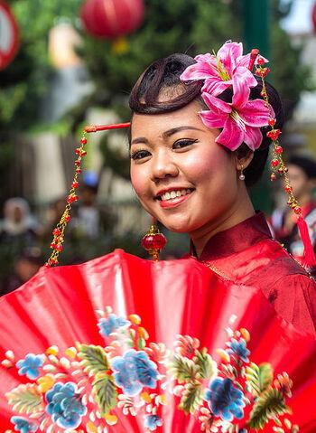 File:438px-2015 Chinese New Year Fashion Show, Sudirman Street, Yogyakarta, 2015-02-15 02.jpg