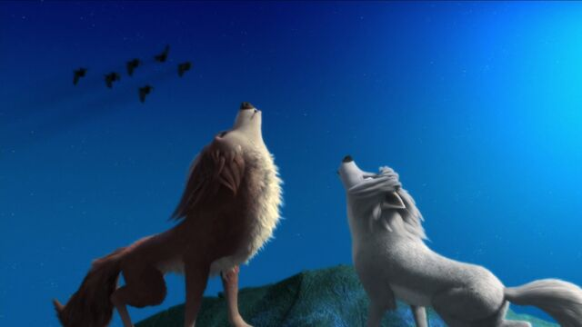 File:L and G howling together.jpg