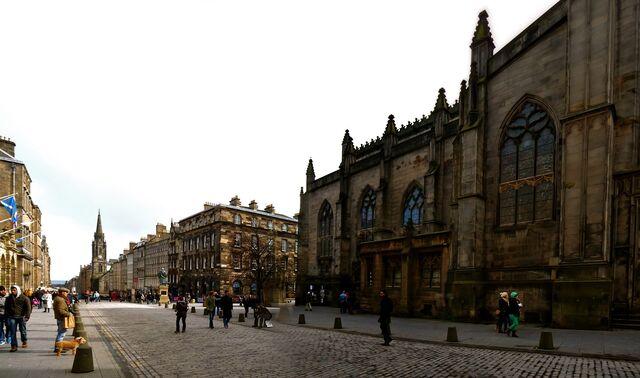 File:Edinburgh Streets.jpg