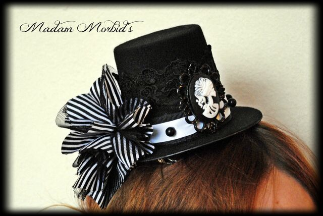 File:Madam Morbid Gothic Victorian Skeleton Lady Cameo Spider Pearl Lace Mini Top Hat 4.JPG
