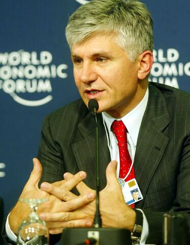 File:Zoran Đinđić, Davos.jpg