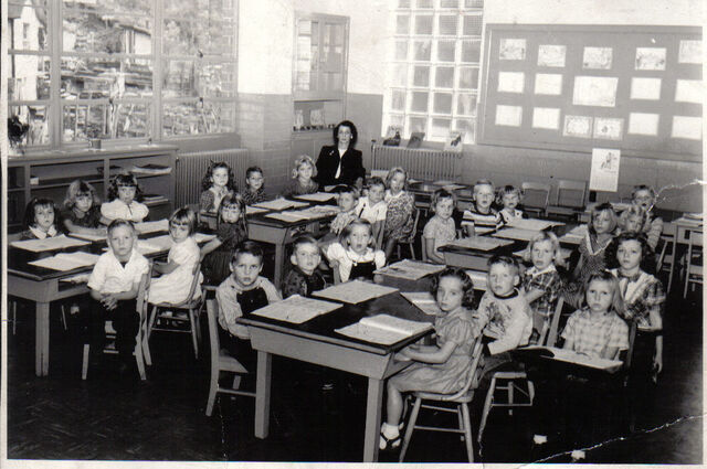 File:1stgradePinnacle1950-1-.jpg
