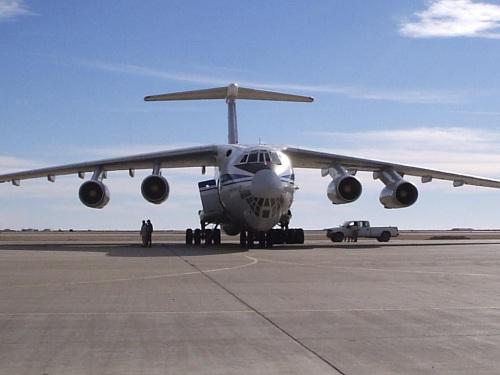 File:Ilyushin Il-76.jpg