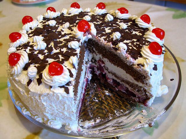File:German Cake.jpg