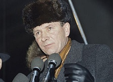 File:Chairman of the Democratic Party of Russia (DPR) Nikolai Travkin.jpg