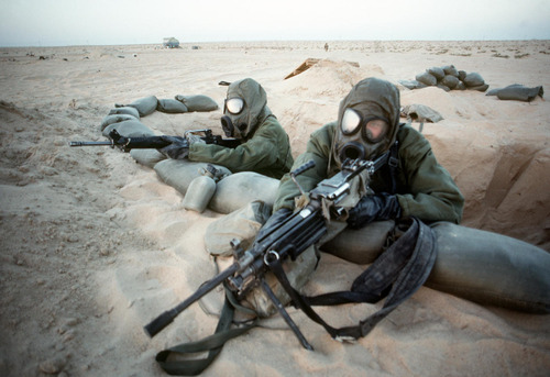 File:Gas mask soldiers.jpeg