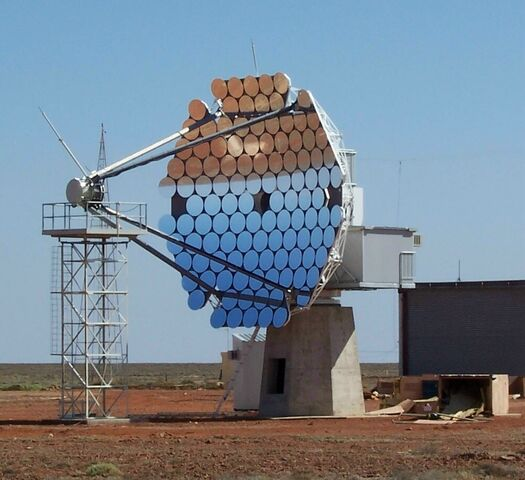 File:Woomera tracking satellite dish.jpg