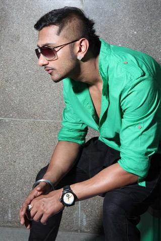 File:Yo Yo Honey Singh (Ranjit Singh Lives).png