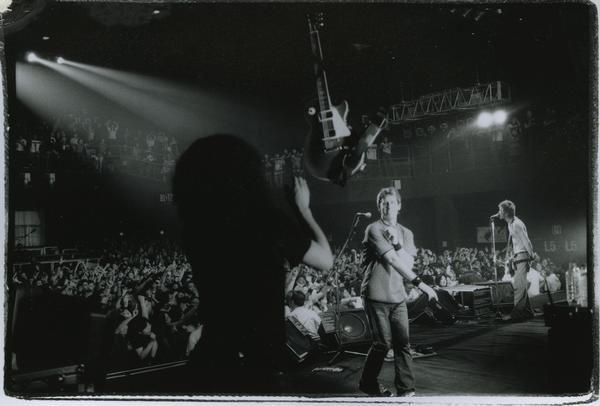 File:Reach Concert 1998.jpg