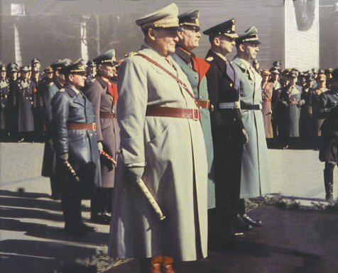 File:Nazi leaders on parade.jpg